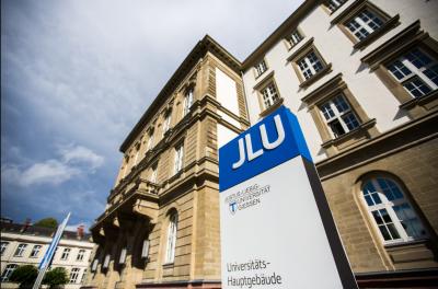 Das Hauptgebäude der Justus-Liebig-Universität in Gießen.