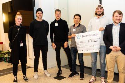Das Team Ecotrek bei der Preisübergabe.
