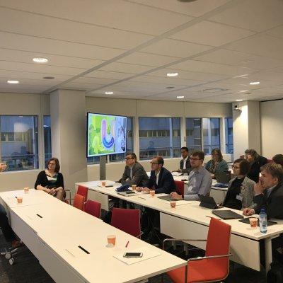 Begrüßung bei SURF, unserem Netzwerkpartner für digitale Lehre in den Niederlanden.