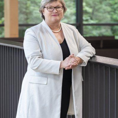 Prof. Dr. Eva Waller